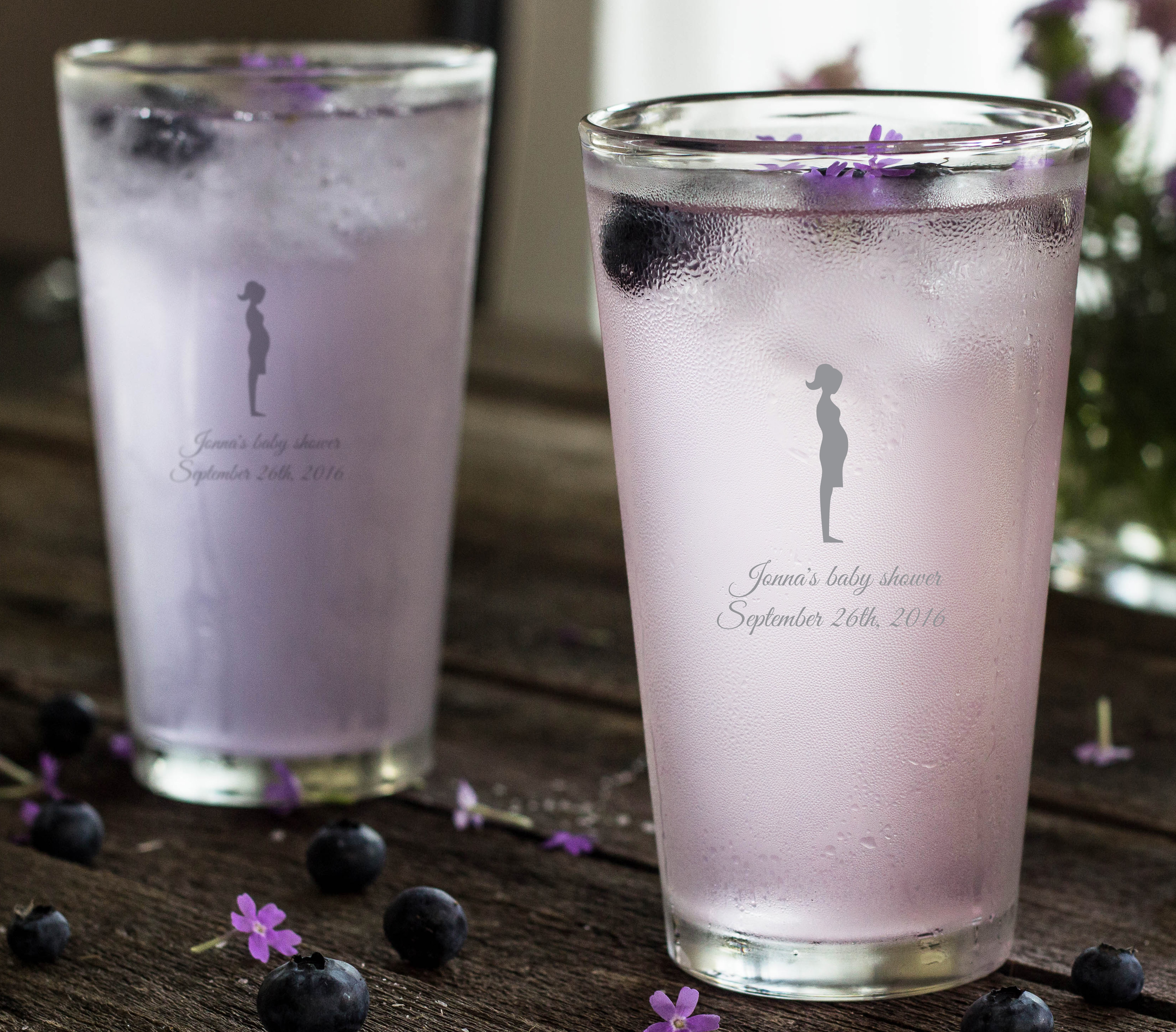 Engraved Pint Glass Favor wedding favors
