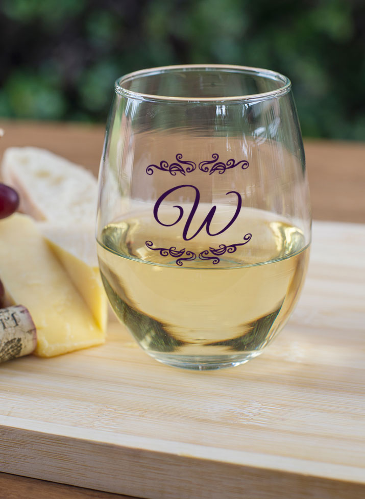 Personalized 15 oz. Stemless Wine Glass  wedding favors