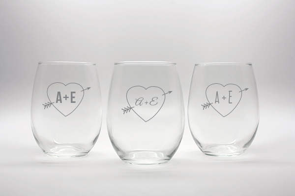 Engraved Heart Arrow Stemless Wine Glass Wedding Favors-15 oz