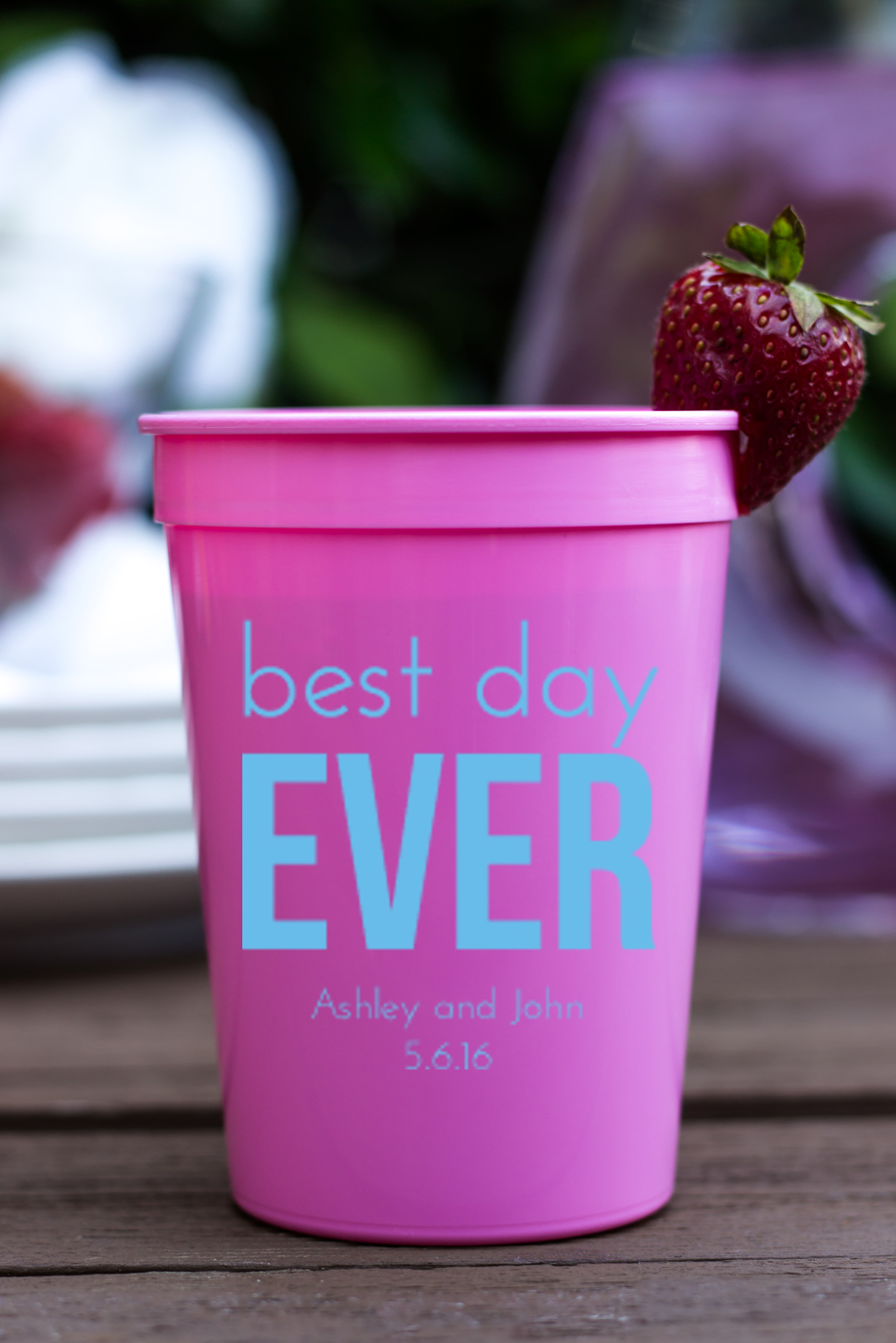 Personalized Plastic Stadium Cups- Best Day Ever